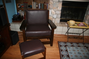 Stickley-style Grandfather Chair