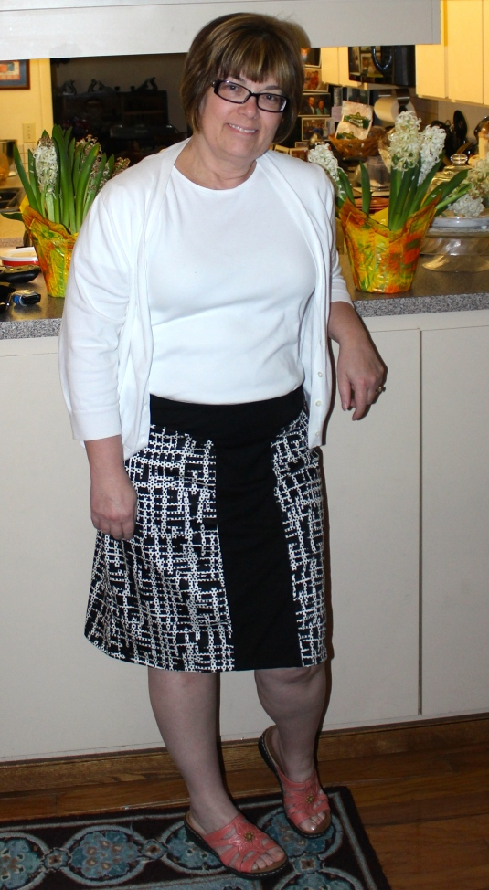 Threads skirt